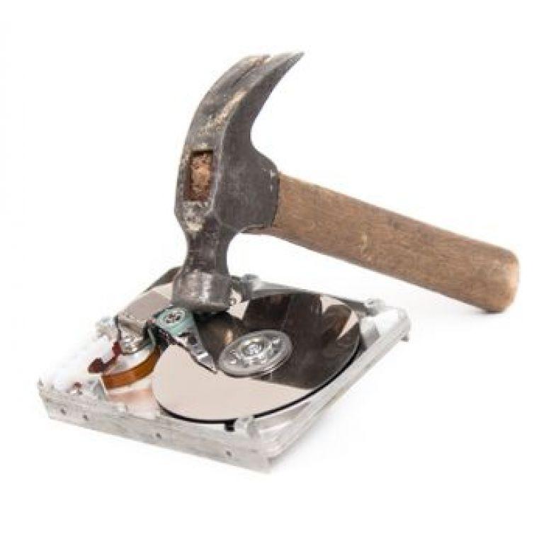 La destrucción de documentos y archivos que no necesita la empresa.